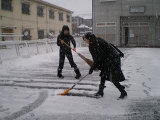 今朝は大雪でした