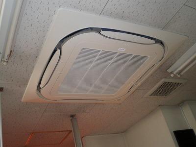 エアコン取替えましました